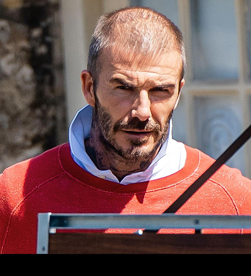 David Beckham shows off thinning hair as he's seen out and about during lockdown - Bóng Đá