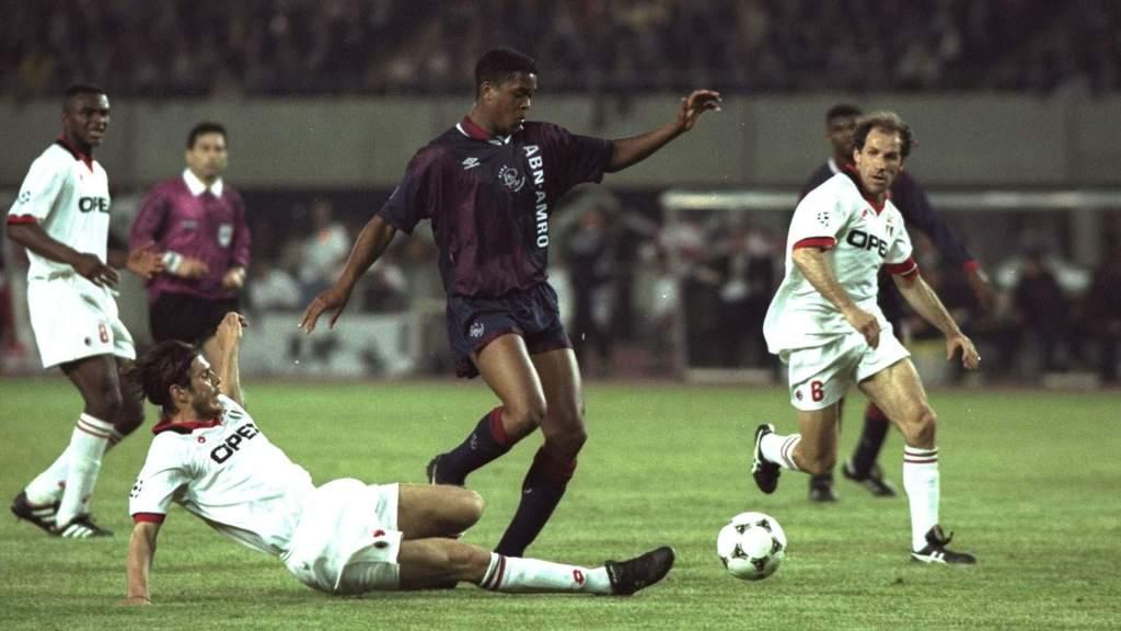 'CLB không mua được Ronaldo nên tôi mới có thể ra sân và mang về cúp C1' - Bóng Đá
