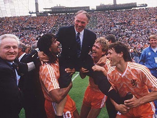 Van Basten: 'My idea: Michels did not want Cruijff to win the World Cup with the Orange' - Bóng Đá