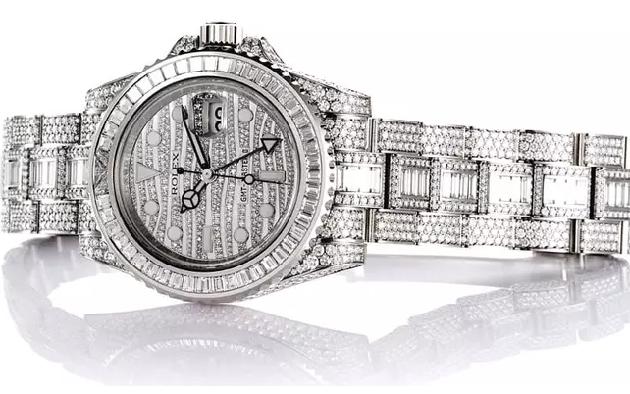 Nc247info tổng hợp: Cận cảnh chiếc Rolex đắt nhất lịch sử mà Ronaldo đang sở hữu