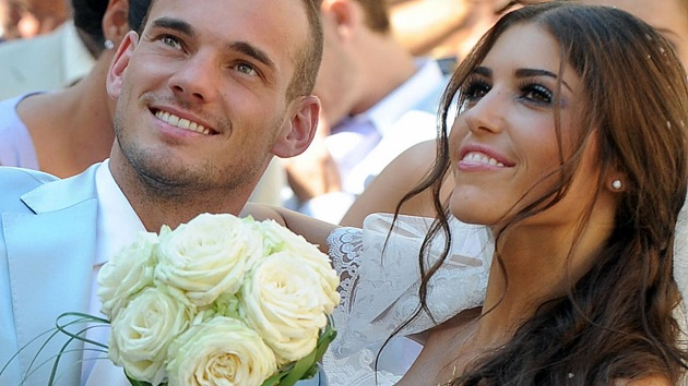 Sneijder regrets Yolanthe: 'Fame, ego, money and lust. I was so wrong, now he must be happy 'PHOTO - Bóng Đá