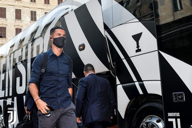Juventus Genoa - Bóng Đá