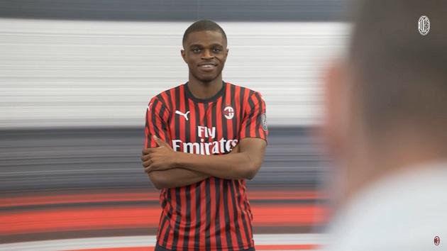 CHÍNH THỨC: Milan mua được hậu vệ phải, ký hợp đồng 5 năm - Bóng Đá