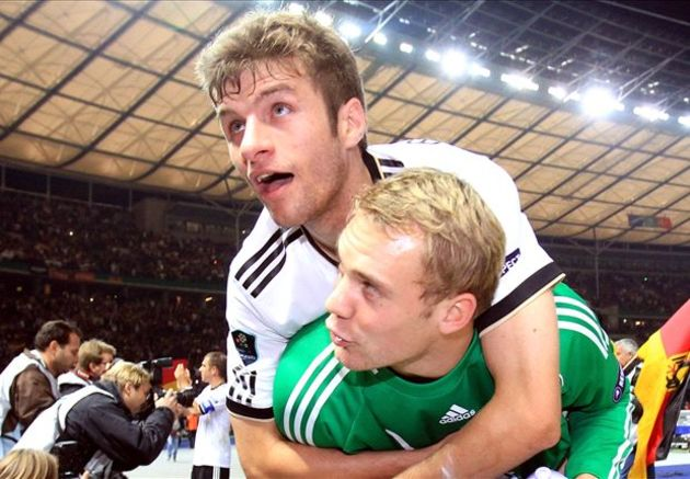 Thomas Muller Neuer Boateng - Bóng Đá