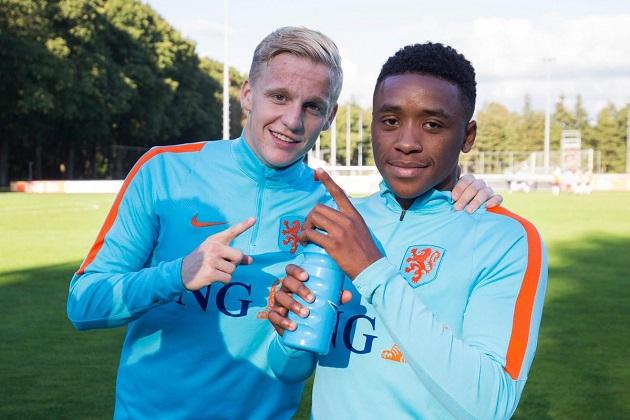 Bergwijn tried to hijack Van de Beek transfer: