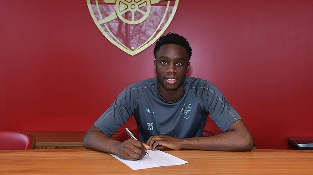 Southend United boss over the moon to sign Arsenal youngster James Olayinka on loan - Bóng Đá