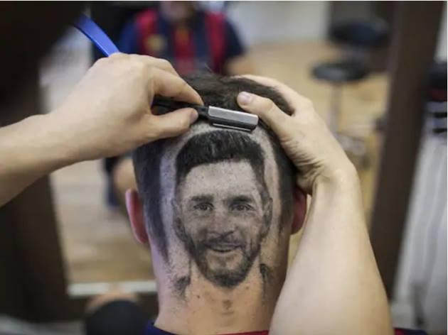 Kiểu tóc không đụng hàng tôn vinh Messi - Bóng Đá