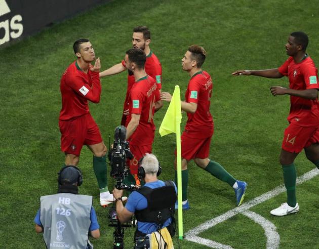Ronaldo đến Man Utd: Mourinho nói lời đầy nghi vấn - Bóng Đá