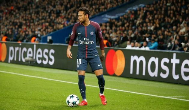 Neymar nói với Messi về... Ronaldo - Bóng Đá