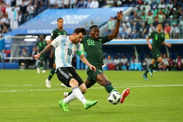 Phá lưới Nigeria, Messi đi vào ngồi đền huyền thoại Argentina - Bóng Đá