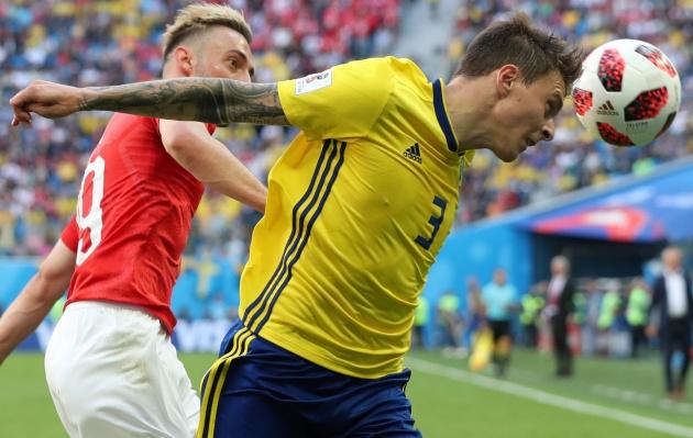 Man Utd có nên đẩy Victor Lindelof về Benfica? - Bóng Đá