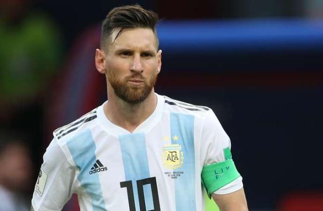 Tevez nói lời thẳng thắn về Messi sau kì World Cup thất bại - Bóng Đá