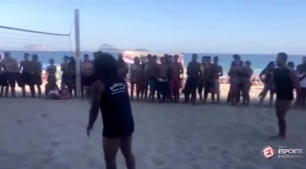 Marcelo bãi biển khoe tài - Bóng Đá