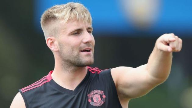 Shaw: 'Mọi người có thể chê tôi béo, nhưng Rooney cũng vậy đó thôi' - Bóng Đá