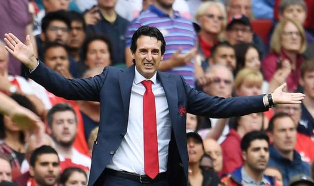 Emery có hành động không đẹp sau trận thua của Arsenal - Bóng Đá