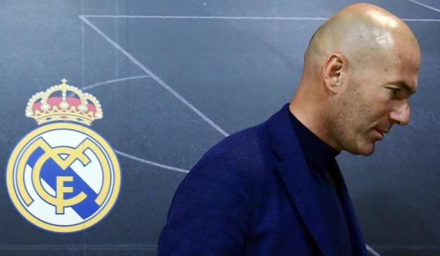 NÓNG: Zidane muốn thay thế Mourinho trong vai trò thuyền trưởng Man Utd - Bóng Đá