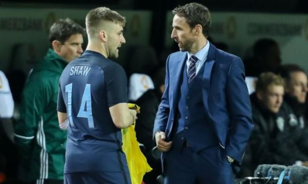Luke Shaw hé lộ 'mâu thuẫn' thực sự giữa anh và Mourinho - Bóng Đá