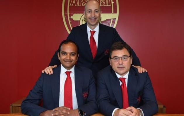 Sốc: Barca là 'nguyên nhân chính' khiến Arsenal loại bỏ Ramsey - Bóng Đá
