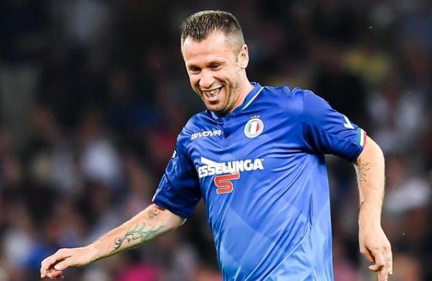 Chính thức: Cựu sao AC Milan, Real Madrid giải nghệ lần 3 - Bóng Đá