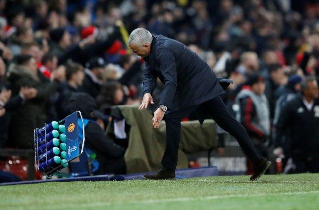 Mourinho phản ứng 'khủng khiếp' sau bàn thắng muộn của Fellaini - Bóng Đá