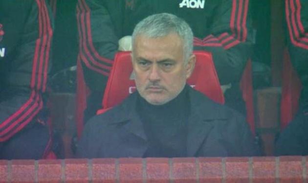 Mourinho phản ứng ra sao sau bàn thắng của Martial? - Bóng Đá