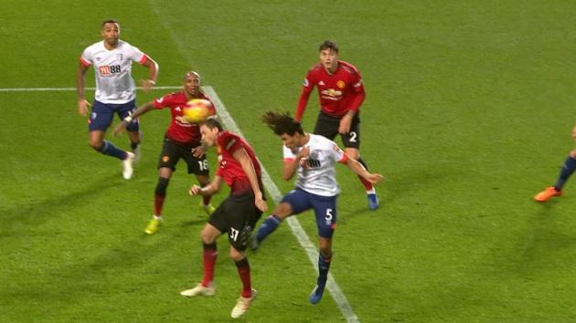 'Chúng tôi đã bị trừng phạt bởi Man Utd' - Bóng Đá