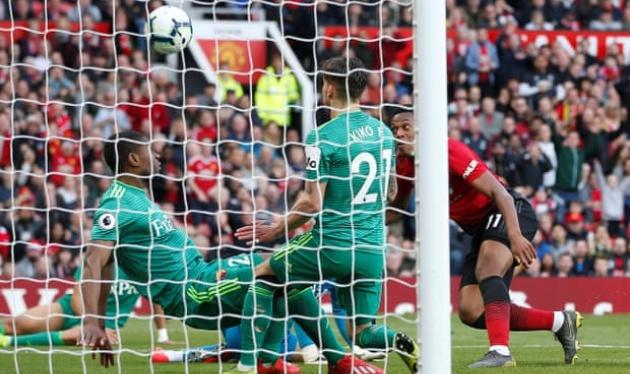 '1 bàn thắng kì lạ của Man Utd' - Bóng Đá