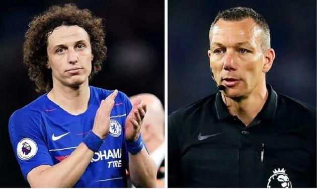 'Thật chẳng phải phép, ông ta cười khi Chelsea khiếu nại' - Bóng Đá