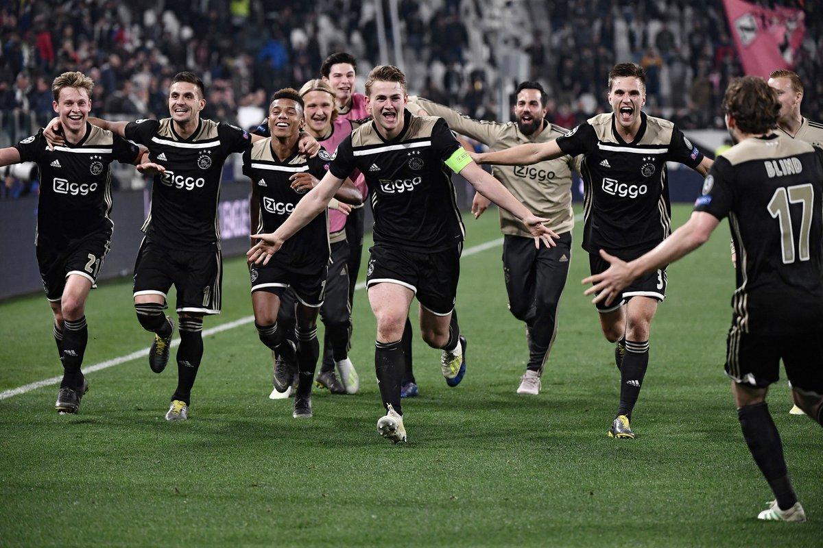 Tiếng gọi lịch sử ủng hộ Ajax vào chung kết Champions League - Bóng Đá