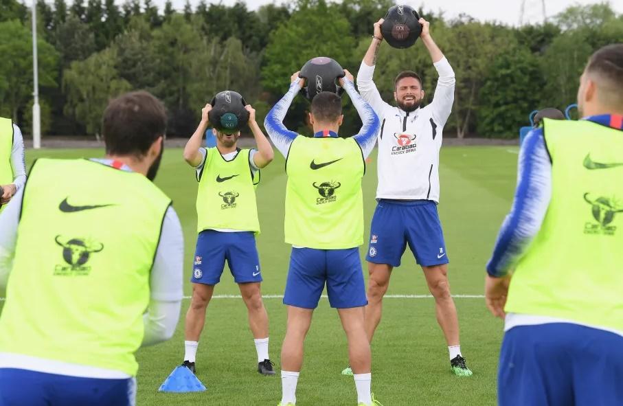 Giroud nói gì khi gia hạn với Chelsea? - Bóng Đá