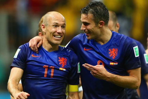 'Họ thiếu 1 Van Persie, 1 Robben' - Bóng Đá