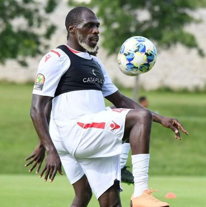Kenya defender Joash Onyango looks a lot older than 26 - Bóng Đá