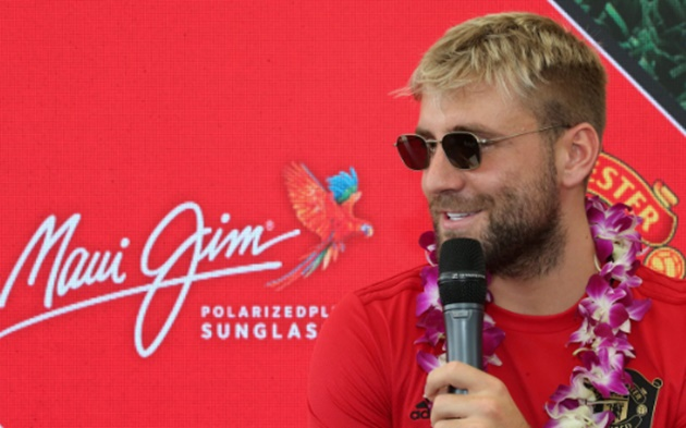 Luke Shaw is expecting a different Manchester United this season  - Bóng Đá