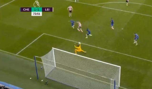 Lỡ cơ hội hạ Chelsea, sao Leicester bị trù ẻo khó tin - Bóng Đá