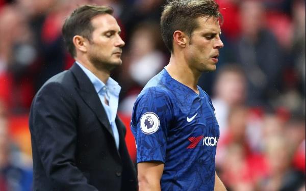 Chelsea tiễn Zappacosta, nhưng có đẩy Azpilicueta lên ghế dự bị? - Bóng Đá