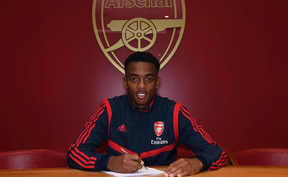 Tài năng trẻ Joe Willock chính thức ký hợp đồng mới với Arsenal.  - Bóng Đá