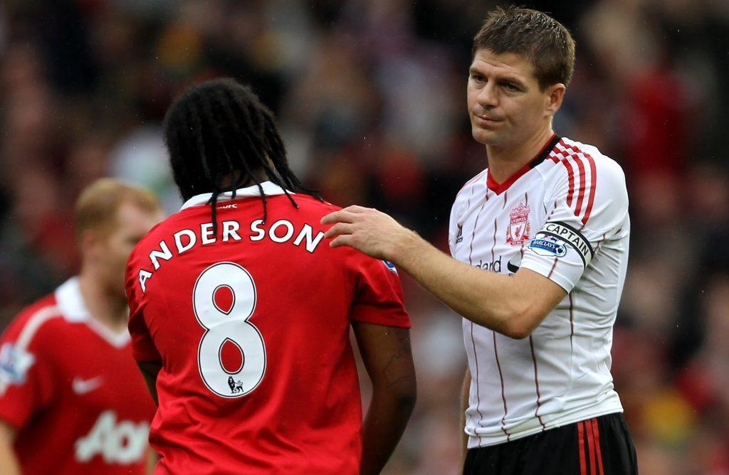 'Tôi chỉ đá ở Man Utd vài năm nhưng vẫn hơn anh ta 17 năm ở Liverpool' - Bóng Đá