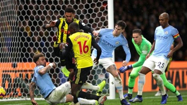 10 trận đấu đáng chờ đợi nhất cuối tuần: Chelsea và nhiệm vụ