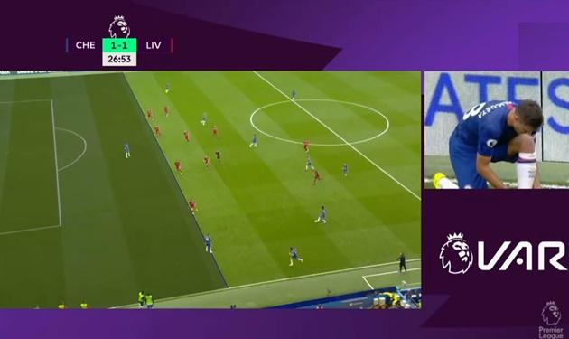 'Không chỉ có fan Chelsea bị sốc bởi quyết định của VAR' - Bóng Đá