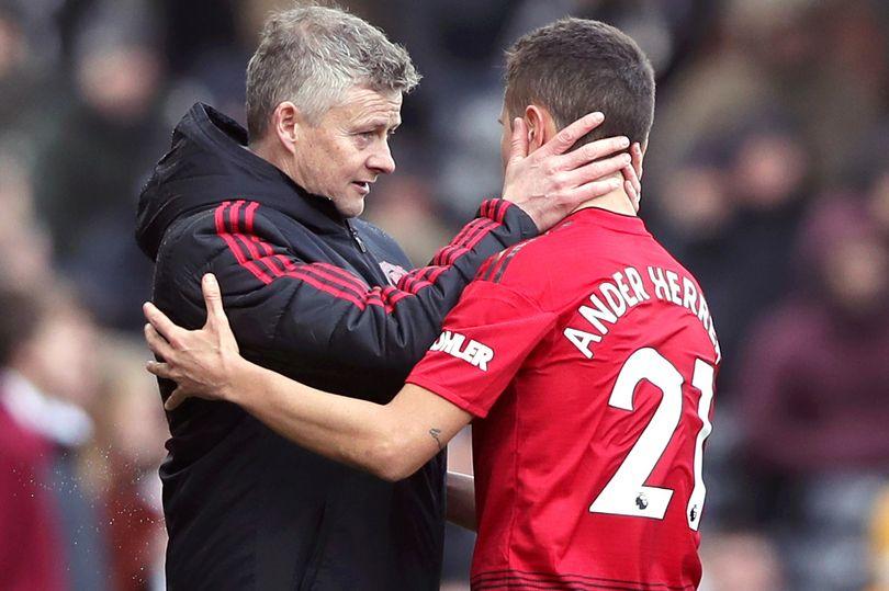 Bạn đã hiểu vì sao Man Utd quyết chia tay Ander Herrera? - Bóng Đá