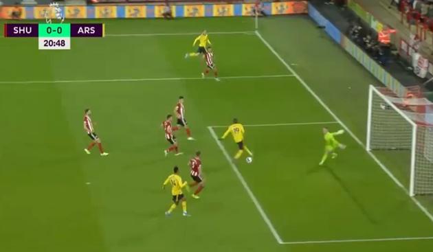 Đây! 2 khoảnh khắc khiến Arsenal bất lực trước tân binh Premier League - Bóng Đá