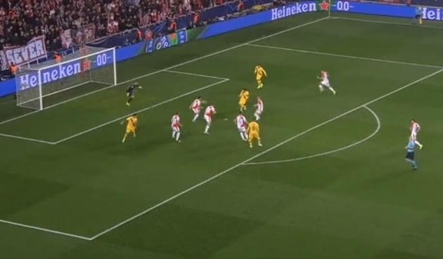 Barca pressing kinh điển thế nào ở bàn thắng của Messi? - Bóng Đá