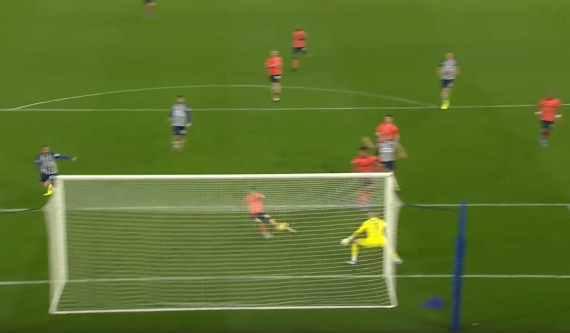 Burnley 2-4 Chelsea, Man City 3-0 Aston Villa... Không! Đây mới là trận đấu hấp dẫn nhất vòng 10 - Bóng Đá