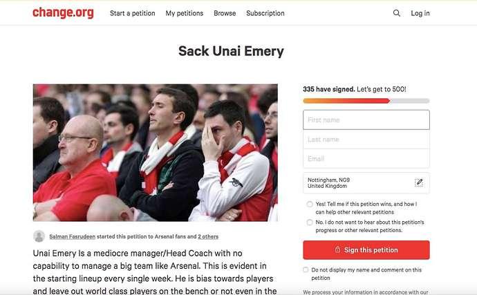 SỐC! Quá chán Emery, fan Arsenal làm điều không thể tin nổi - Bóng Đá