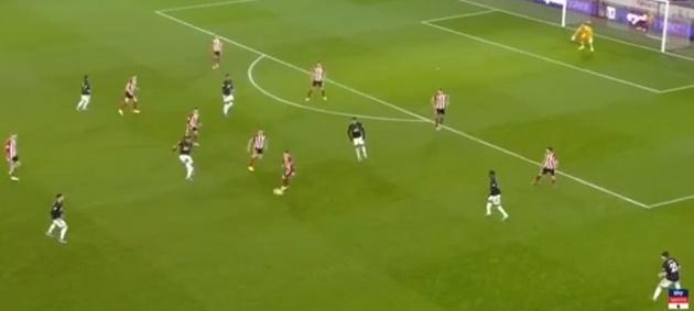 Vì sao Man Utd có thể ghi 3 bàn trong 7 phút trước Sheffield? - Bóng Đá