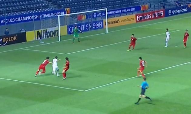 Bạn đã biết vấn đề lớn nhất của U23 Việt Nam ở trận ra quân? - Bóng Đá