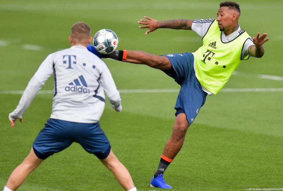 Bayern 'ready to let Jerome Boateng leave in summer' amid Arsenal transfer links - Bóng Đá