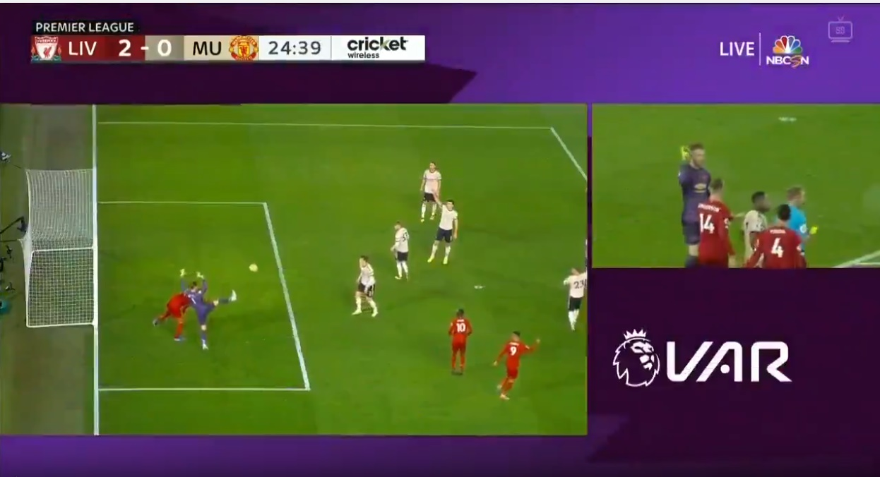 Neville nói lời khó tin về pha tranh chấp giữa De Gea và Van Dijk - Bóng Đá