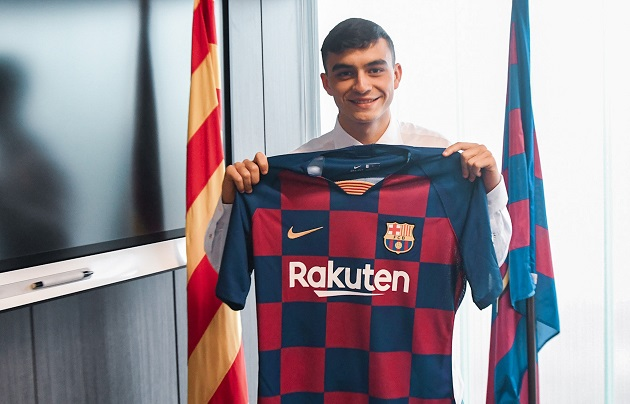 Wonderkid winger Pedri on Barcelona move: 'I have a lot of Blaugrana shirts, even frying pan. It's been a dream since I was born' - Bóng Đá