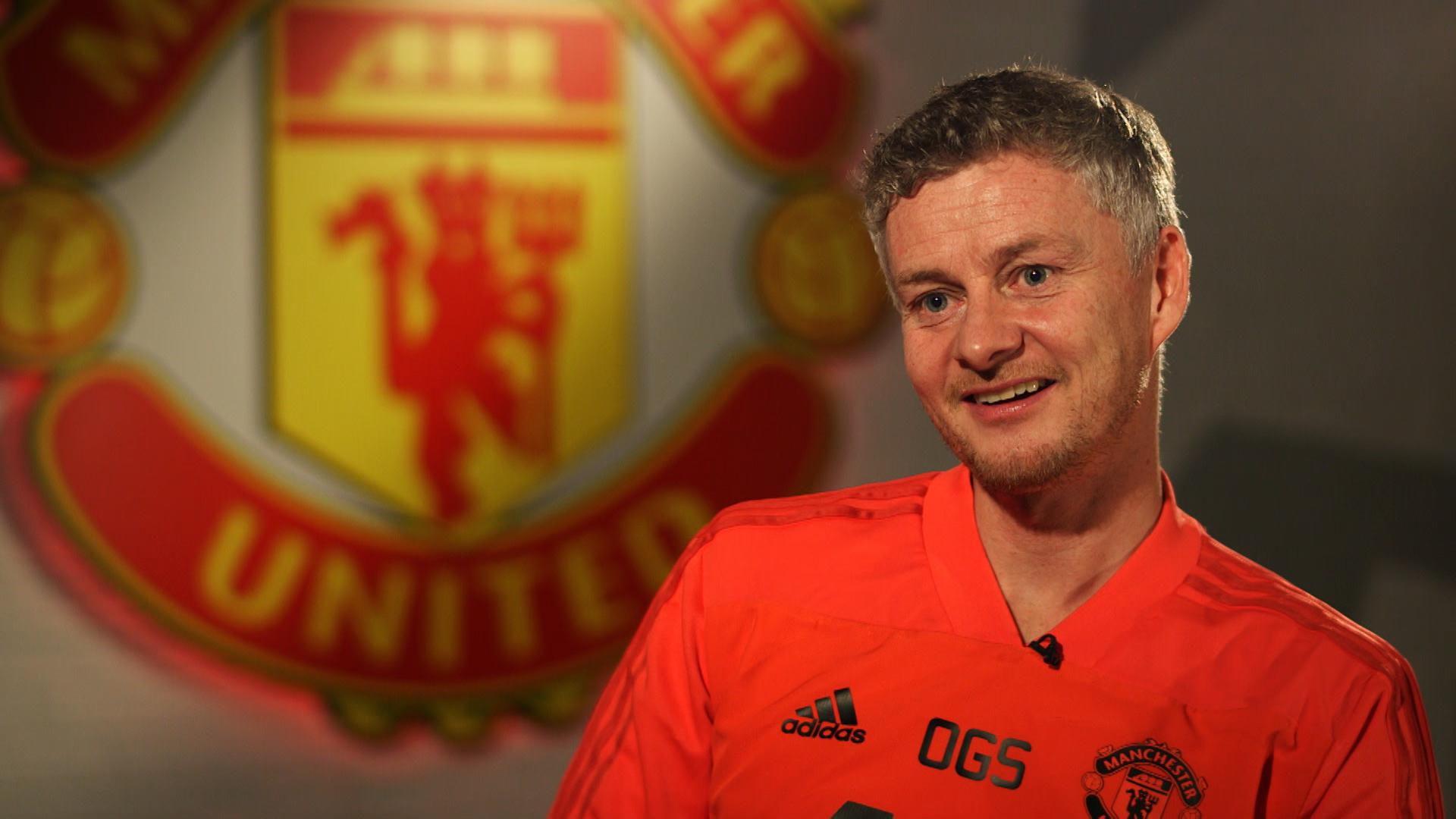 Bỏ GĐTT, 'dằn mặt' toàn đội - Solskjaer tự biến mình thành Sir ở Man Utd - Bóng Đá
